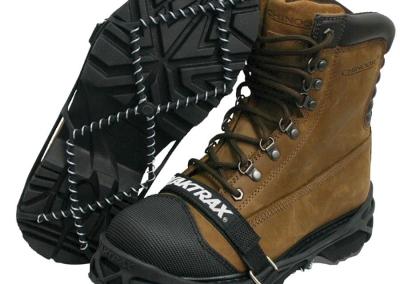 yaktrax-pro-walking-boots